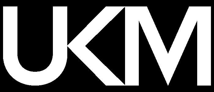 ukm_logo_valkoinen